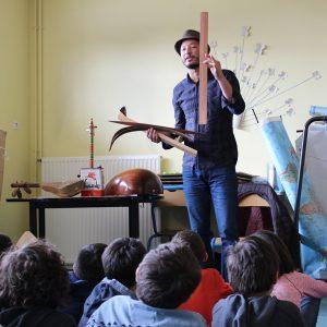 Brahim Dour présente l'oud à Launaguet